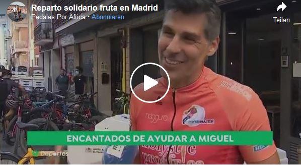 2.500 kg de fruta repartidos en bicicleta para comedores sociales de Madrid